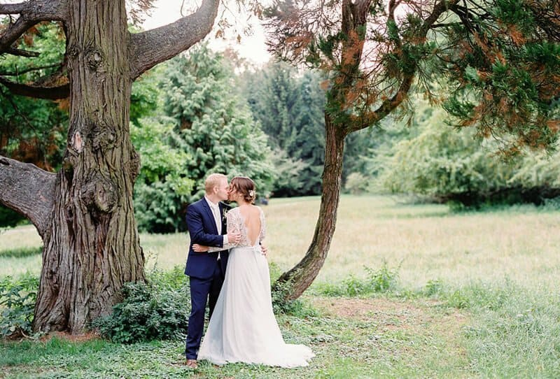 Castle Wedding with lovely DIY details by Melanie Nedelko Fotografie