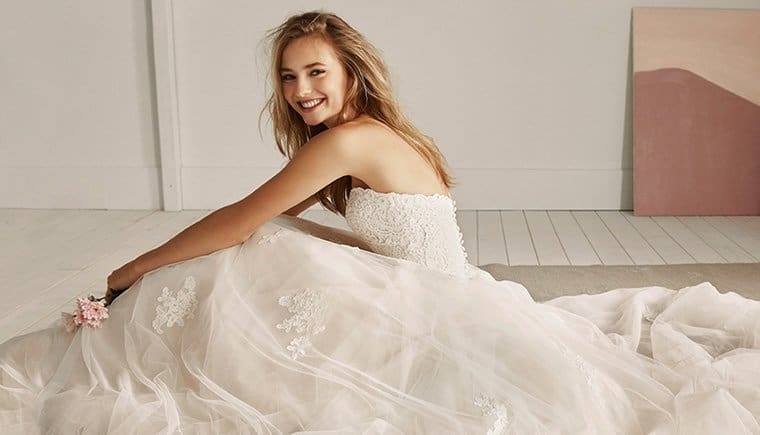 White One – enchanting dresses for the youthful, playful, modern bride