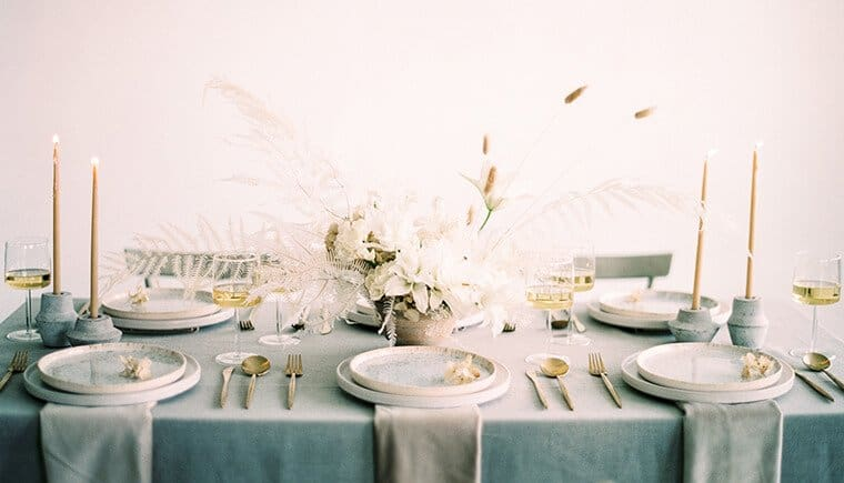 Feathery Wedding Inspirations in Grey and White Tones by Luna de Mare Photography