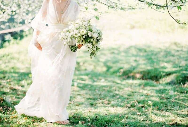 Romantic and ethereal Summer Wedding Inspirations from Brancoprata